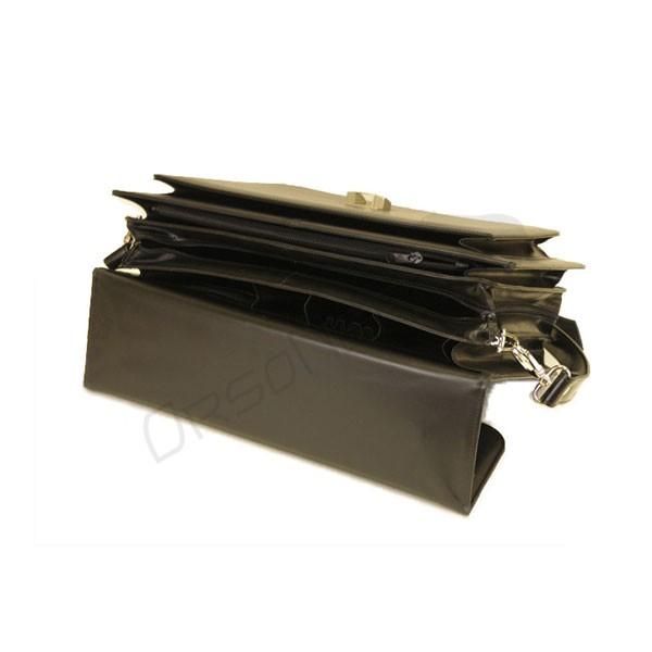 czarna pojemna teczka ze skóry